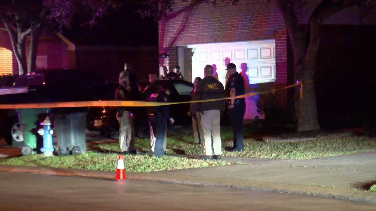 Fort Bend County Sheriff's Office deputies investigate a shooting in the 6300 block of Grayson Bend Drive on Tuesday, Feb. 11, 2020.