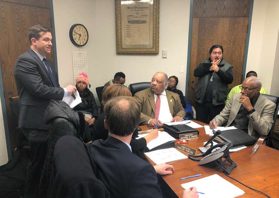 Kevin Keenan speaks to the New Haven Board of Police Commissioners. Photo: Ben Lambert