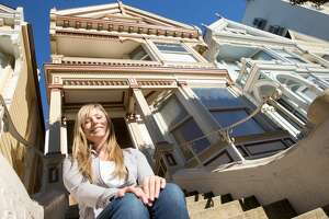 Leah Culver recently purchased one of the famous Painted Lady houses on Steiner Street near Alamo Square in San Francisco. The interior needs major renovations, and she is sharing her project to fix up the iconic victorian home on her Instagram @pinkpaintedlady.
