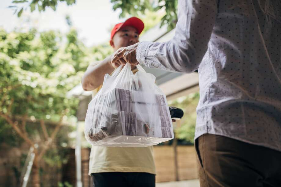 New California legislation has been announced to protect restaurants from being undercut by food delivery platforms. Photo: Getty Images