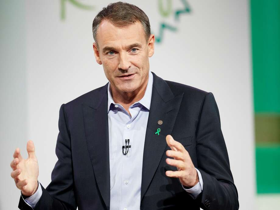 BP's new CEO Bernard Looney has set a goal to reduce greenhouse gas emissions and become a net-zero carbon company by 2050. Photo: BP