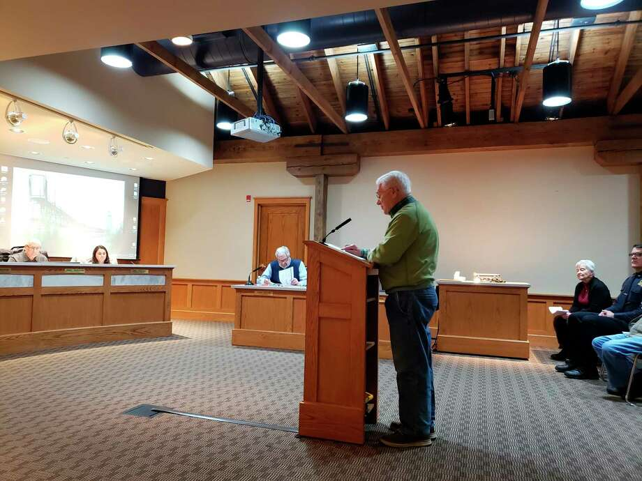 City resident Dick Albee introduced information to Manistee City Council on the discussion surrounding racial justice, inclusion and diversity within Manistee Tuesday. Albee represented the group of residents called the Manistee County Racial Justice and Diversity Initiative. (Arielle Breen/News Advocate)