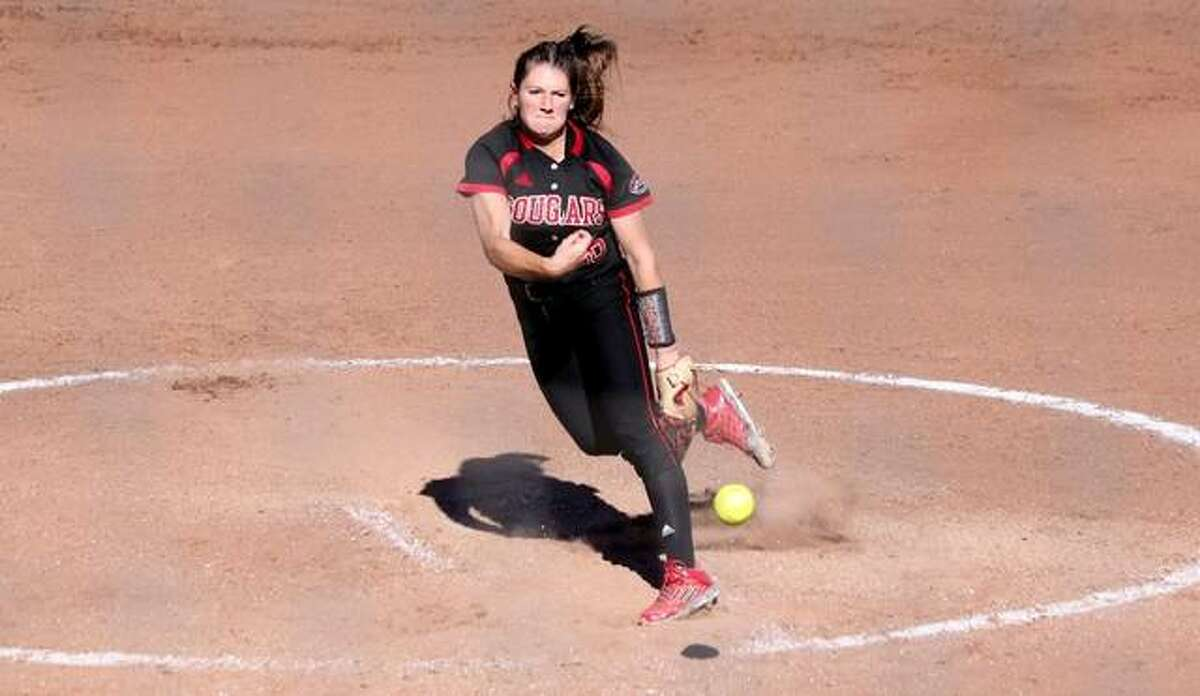 SIUE pitcher Emly Ingles delivers a pitch during a fall season game against Lake Land College.