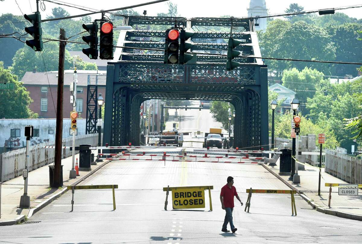 The Grand Avenue Bridge in New Haven when it was closed for preventative maintenance and routine repairs in 2015.