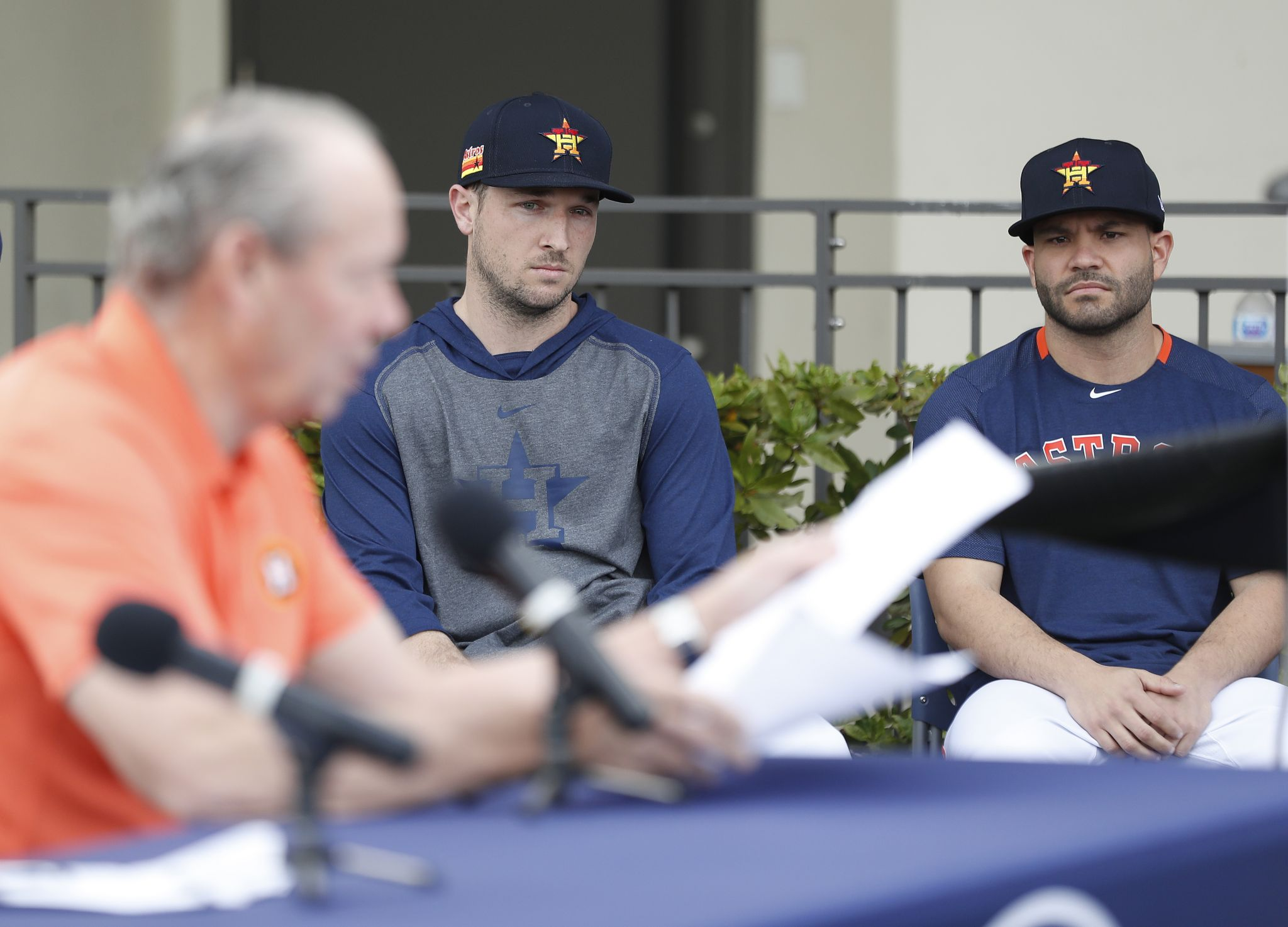 Commentary: Astros' steamy climate needs a cooling trend