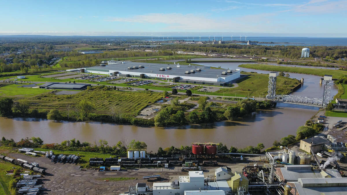 An aerial view of Tesla's Gigafactory 2 in Buffalo.