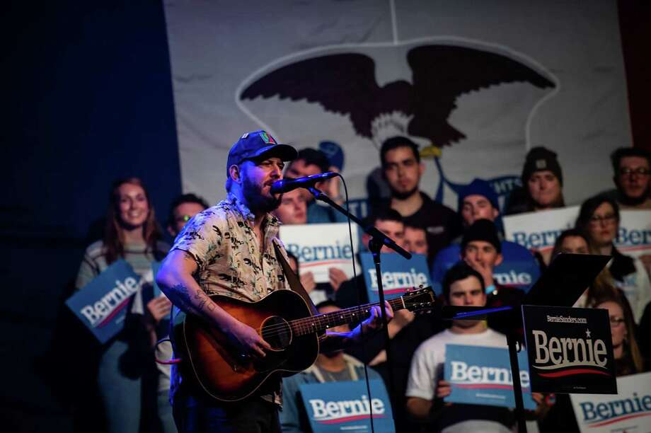 A Bon Iver performance during the Bernie Caucus Concert at Horizon Events Center in Clive, Iowa, on Jan. 31. Photo: Washington Post Photo By Salwan Georges / The Washiington Post