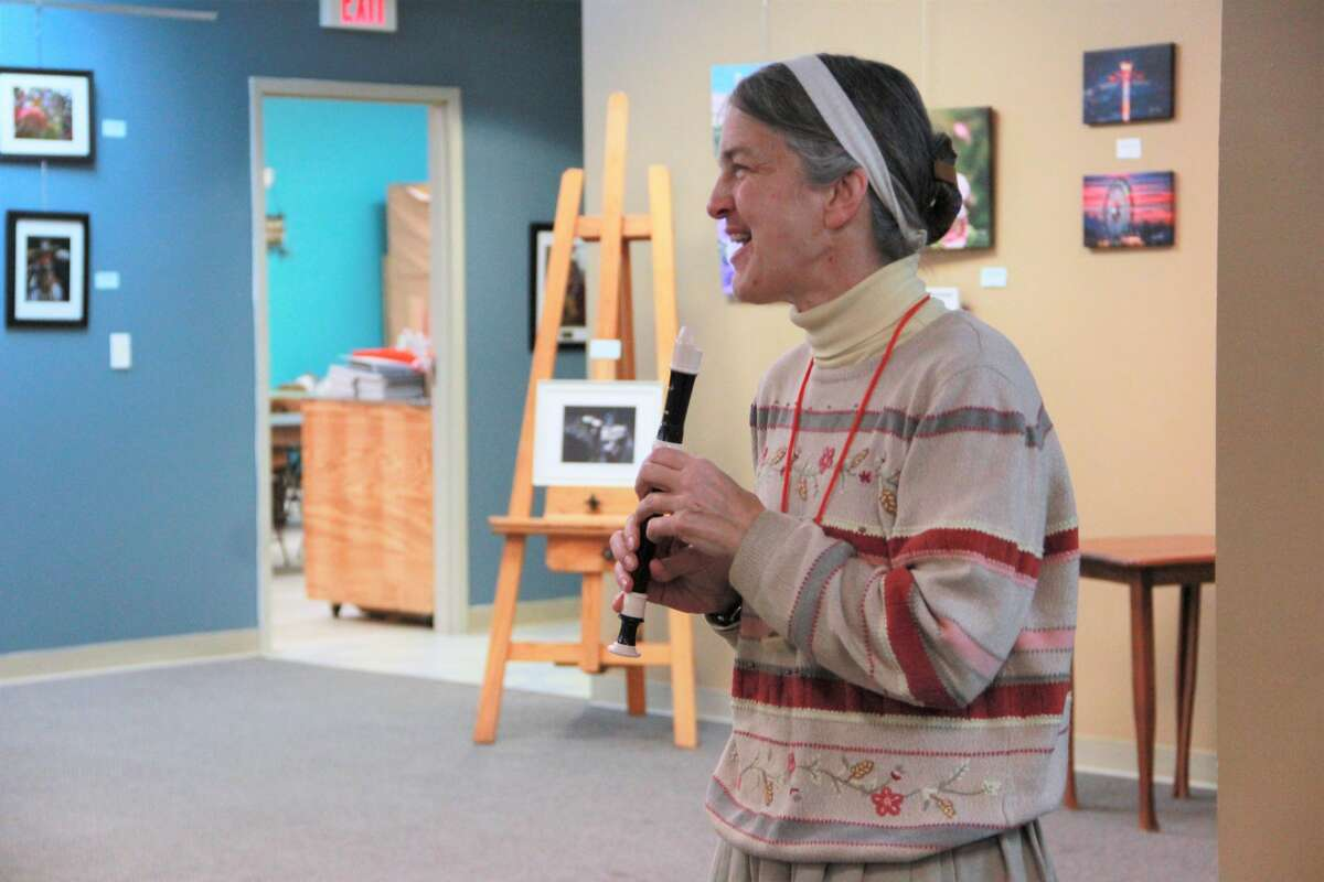 Sweet sounds spilled from the Chemical Bank Lower Gallery as residents of all ages gathered at Artworks Thursday morning to stretch their musical skill during