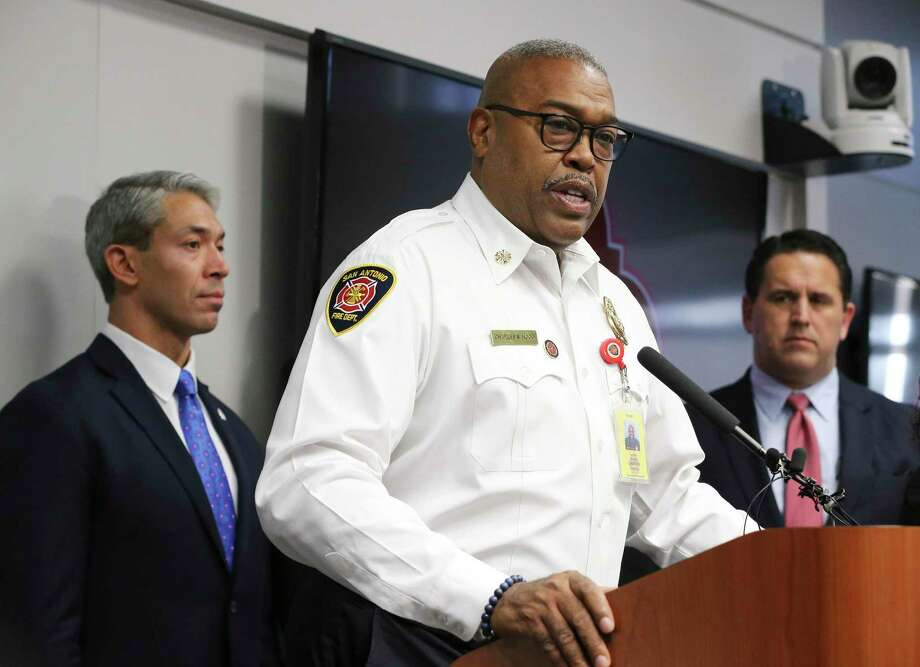 San Antonio Fire Department Chief Charles Hood was named 2020 Fire Chief of the Year by the Metro Chiefs Association. Photo: Kin Man Hui /Staff Photographer / **MANDATORY CREDIT FOR PHOTOGRAPHER AND SAN ANTONIO EXPRESS-NEWS/NO SALES/MAGS OUT/ TV OUT