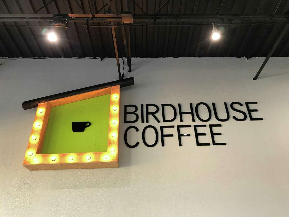 Birdhouse Coffee is a new independent coffee bar at 7270 Hwy. 6 in Missouri City that uses 49th Parallel coffee from Vancouver. The owner also operates Pura Coffee off the Katy Freeway in Houston.