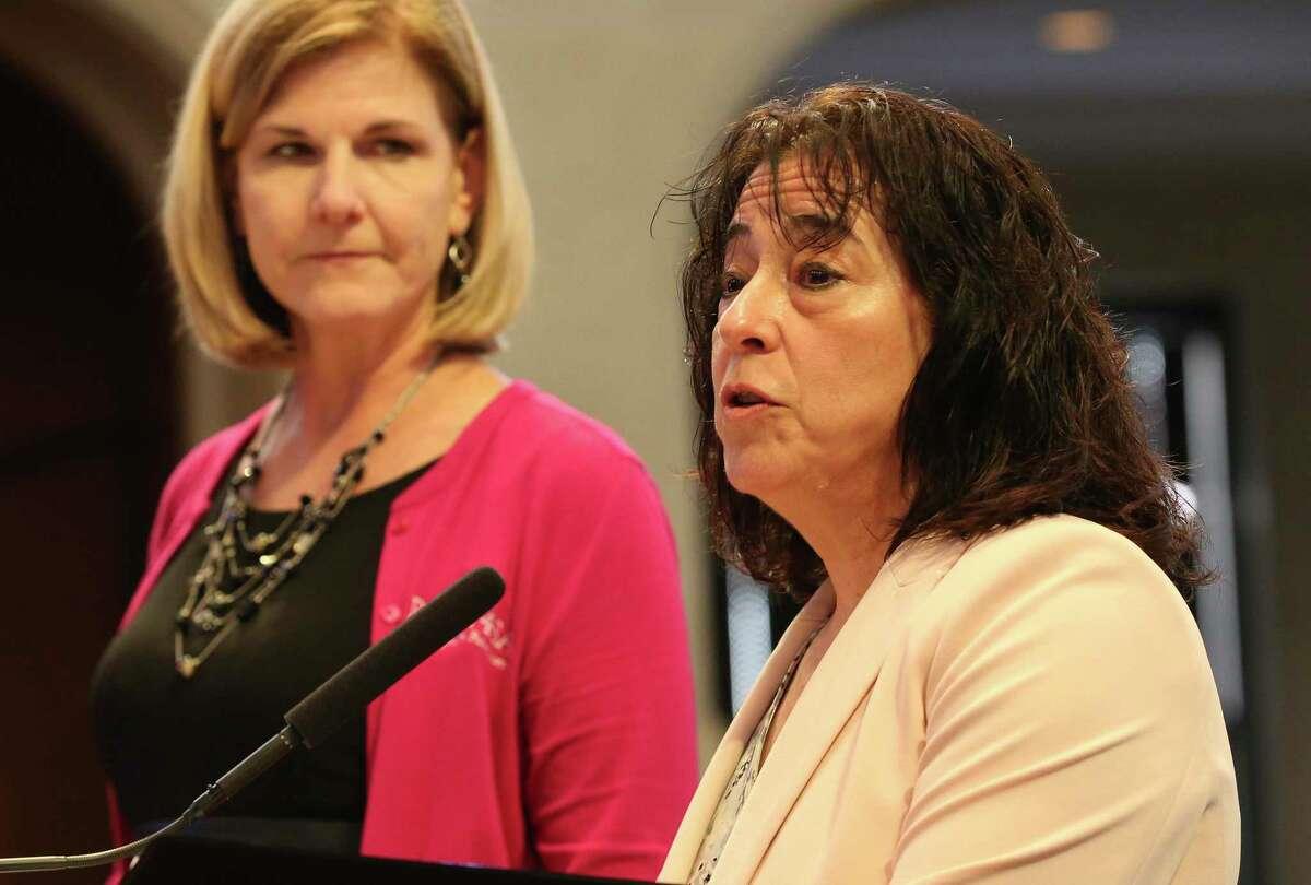 Pre-K 4 SA board chair Elaine Mendoza (right) and Pre-K 4 SA CEO Sarah Baray address the city council on Feb. 13.