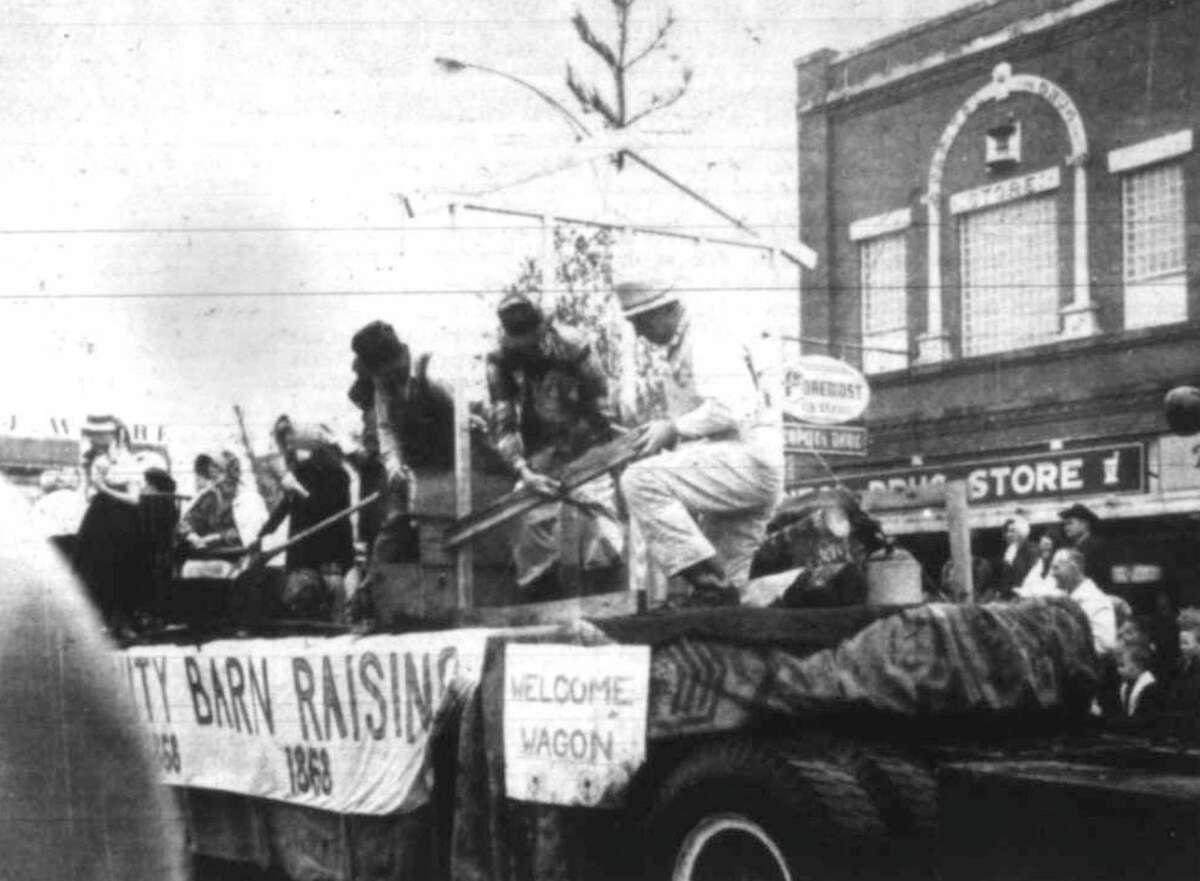 The Welcome Wagon float in a previous Conroe Go Texan Parade