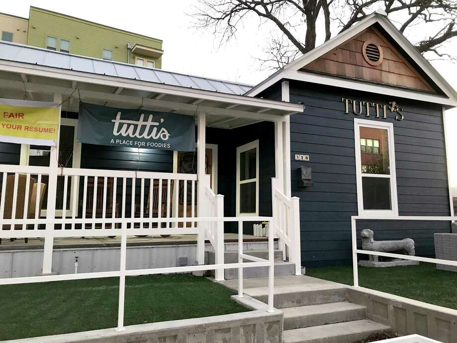 Tutti's will open soon at 318 E Cevallos St. Photo: Paul Stephen / Staff