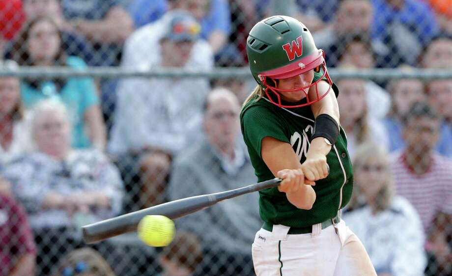 The Woodlands third baseman Skylar Sirdashney is one of the top returning players for the Lady Highlanders this season. She was the District 15-6A Defensive MVP last spring. Photo: Michael Wyke, Houston Chronicle / Contributor / © 2019 Houston Chronicle