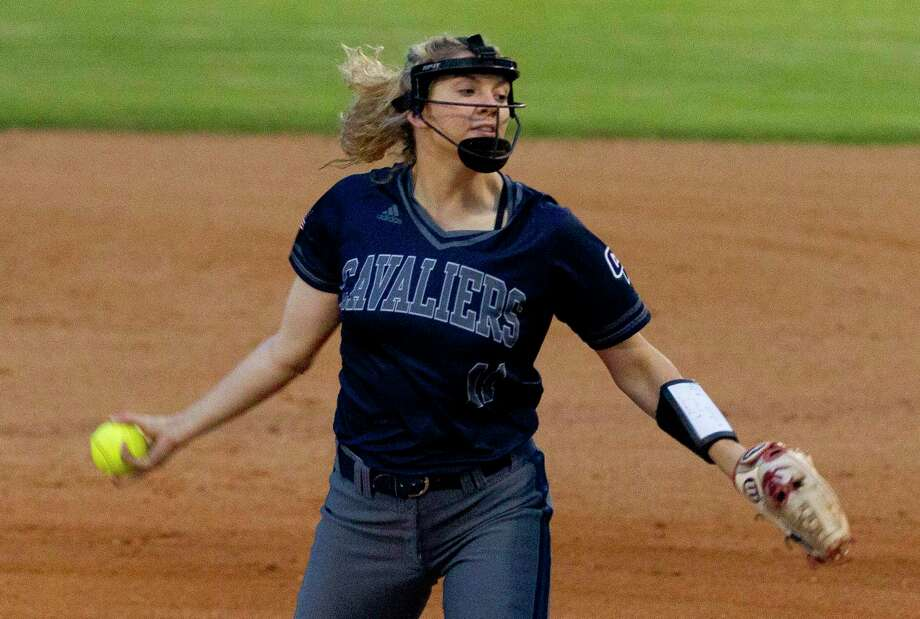 College Park starting pitcher Grace Fanset (11) returns in 2020 and is expected to lead the Cavaliers from the circle once again. Photo: Jason Fochtman, Houston Chronicle / Staff Photographer / © 2019 Houston Chronicle