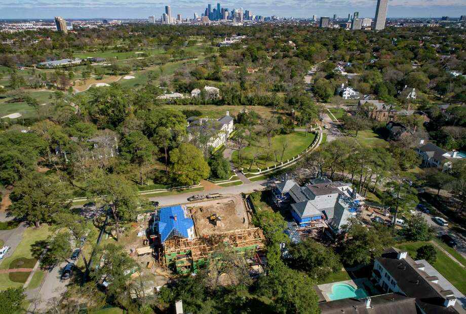 This year, Texas was the third in the nation for homes sold to international buyers, behind Florida and California. Photo: Mark Mulligan, Houston Chronicle / Staff Photographer / © 2020 Mark Mulligan / Houston Chronicle