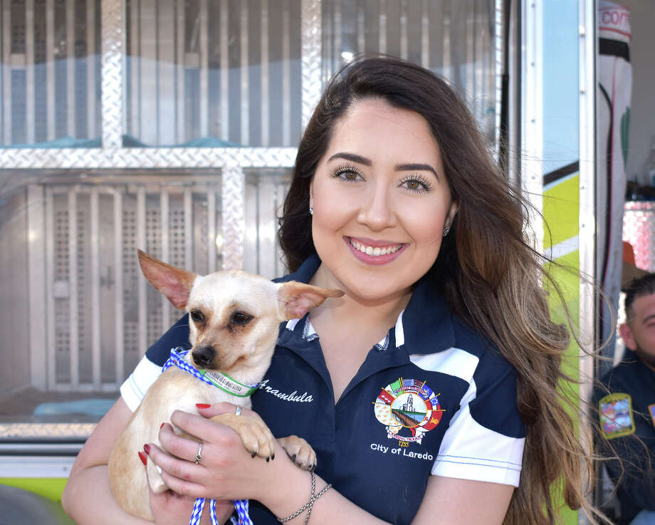 Laredo auto enthusiasts came out to Las Palmas Food Trucks and Park in south Laredo for a car show and pet adoption event. Photo: Diana Garro/Laredo Morning Times