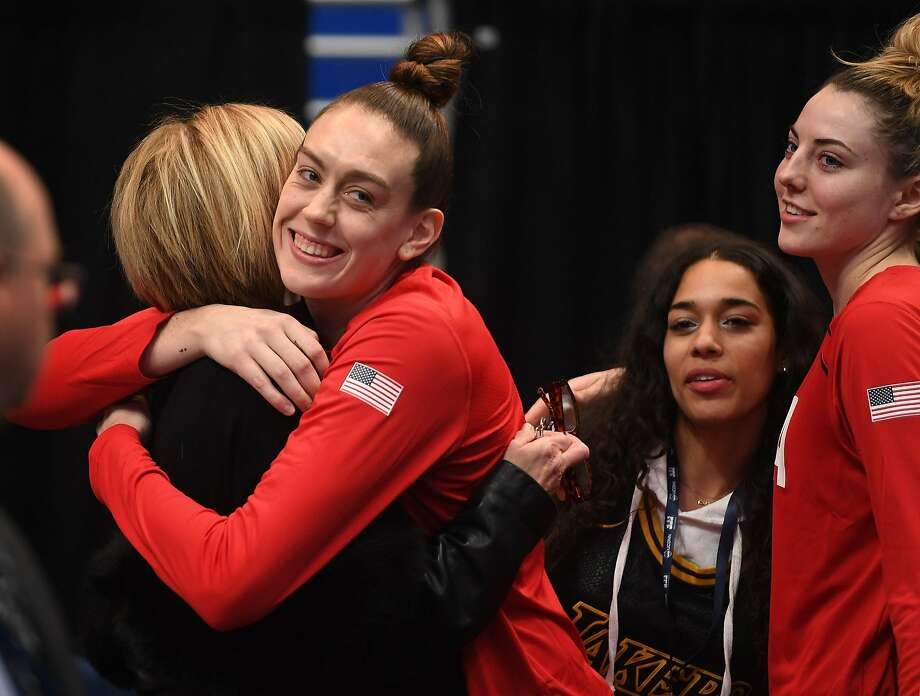 Team USA player and former UCONN star Breanna Stewart hugs her former Coach Chris Dailey before an exhibition game between Team USA and the UCONN women's basketball team at the XL Center in Hartford, Conn. on Monday January 27, 2020. Photo: Brian A. Pounds / Hearst Connecticut Media