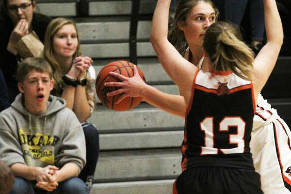 Ubly, Cass City, Owen-Gage, Deckerville and North Huron girls teams all picked up wins Thursday night.