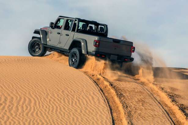 The 2020 Gladiator Mojave, Jeep's new desert warrior, is one of the last pickups equipped with a manual gearbox.