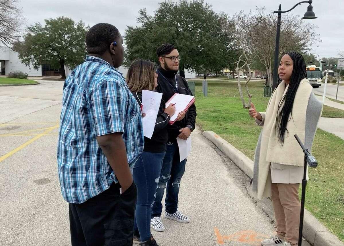 Metro Urban Designer Brandie Lockett talks to Aldine ISD students about urban design Jan. 29, 2020, at the Greenspoint Transit Center.