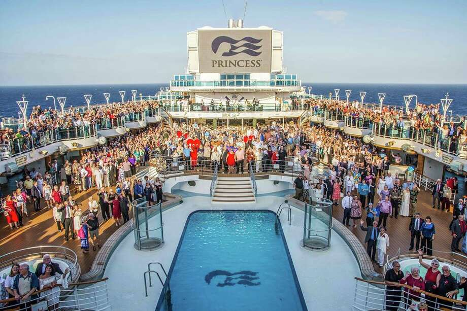Vow renewal participants gather on Decks 16 and 17 of Regal Princess on Feb. 11, 2020. Photo: Princess Cruises