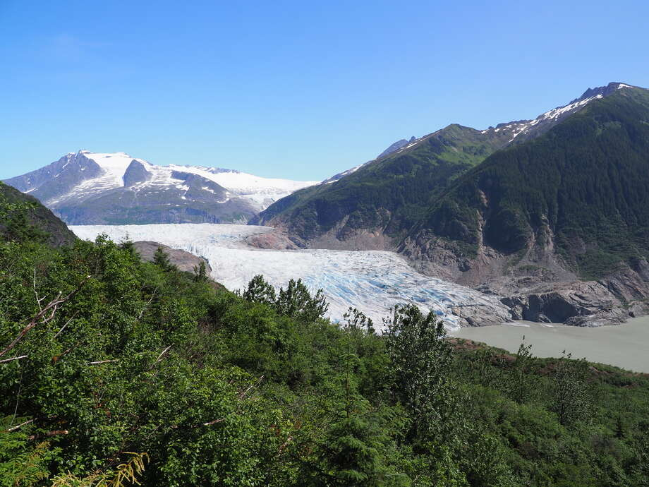 The shrinking Mendenhall Glacier, a victim of the climate crisis, is seen from the West Glacier Trail (Photo: Andrew Villeneuve) Photo: Photo: Andrew Villeneuve/Northwest Progressive Institute