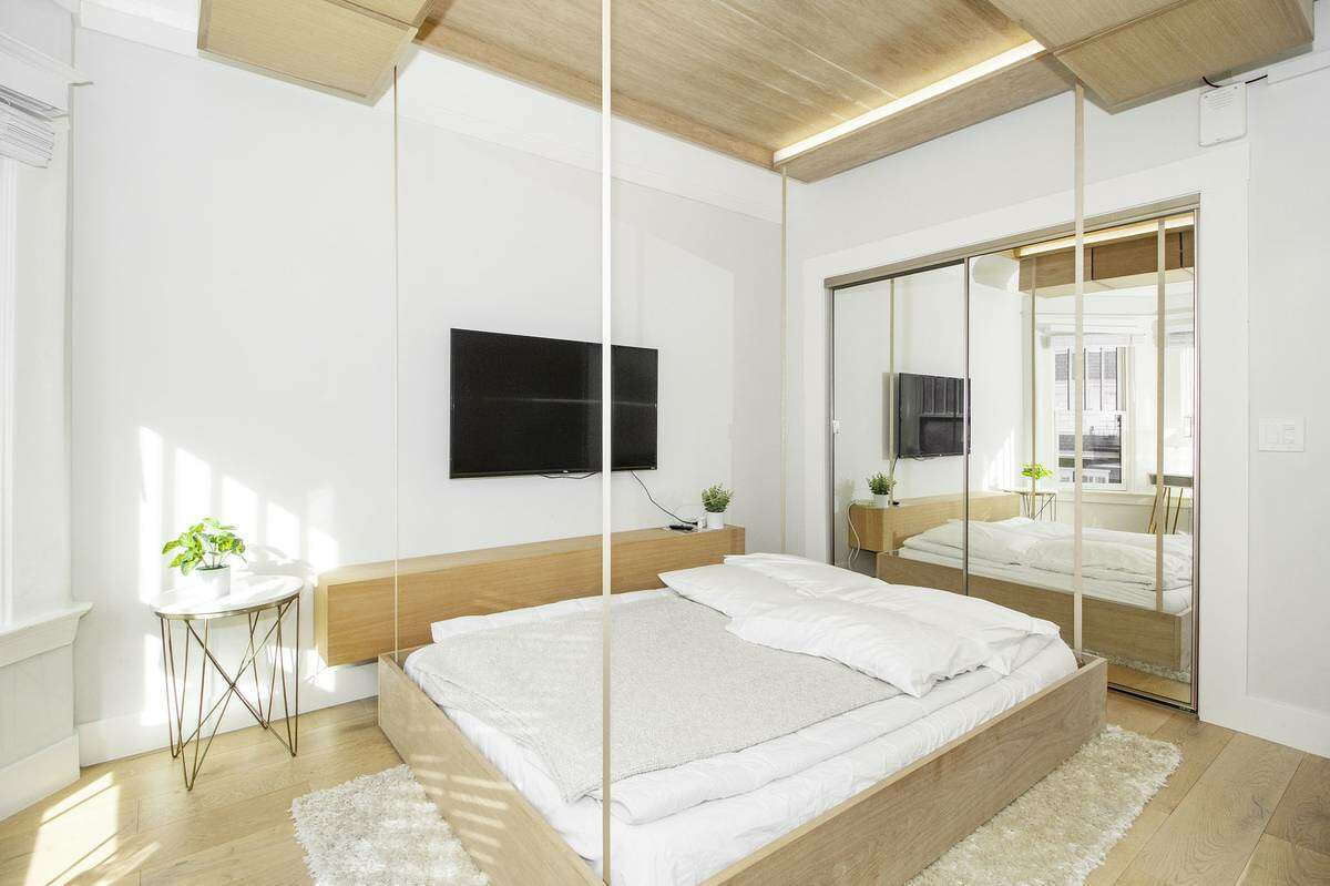This studio in Nob Hill has a bed that descends from the ceiling.