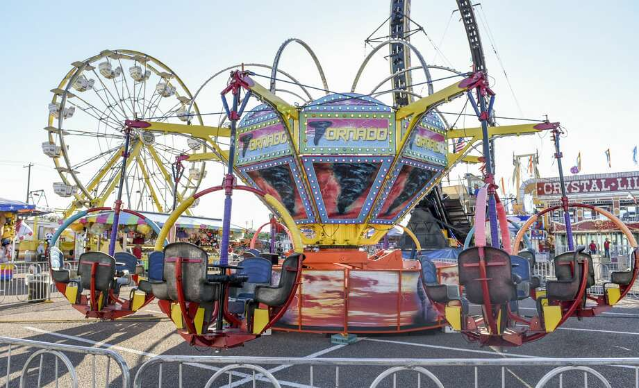 The 2020 WBCA Carnival opened with a ribbon cutting ceremony, Thursday, Feb. 14, 2020, at the Sames Auto Arena parking lot. Photo: Danny Zaragoza