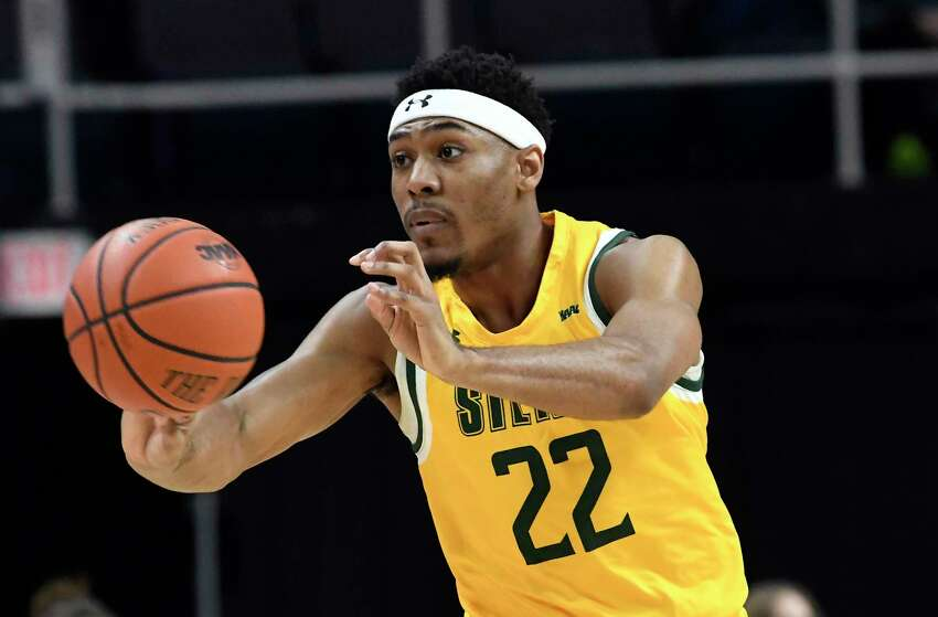 Siena guard Jalen Pickett (22) passes the ball against Rider during the first half of an NCAA basketball game Friday, Feb.14, 2020, in Albany, N.Y. (Hans Pennink / Special to the Times Union) ORG XMIT: 021520_siena_HP117
