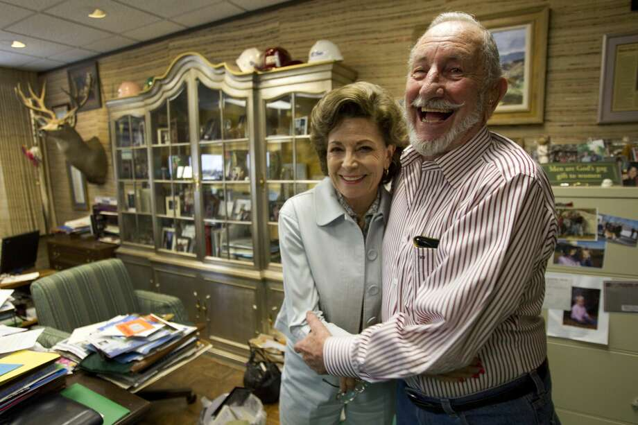 "Clayton Williams, who died Friday at the age of 88, was seen as the epitome of a Texas oil and gas man, an old-school ""wildcatter"" willing to take chances. It wasn't always easy – he rose with the booms and busts cycles of the industry, but he managed to persevere. Photo: Brett Coomer/Houston Chronicle"