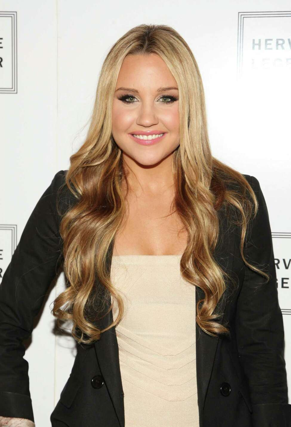 NEW YORK - SEPTEMBER 13: Actress Amanda Bynes attends the Herve Leger Spring 2010 Fashion Show at the Promenade at Bryant Park on September 13, 2009 in in New York City. (Photo by Bryan Bedder/Getty Images for Herve Leger)