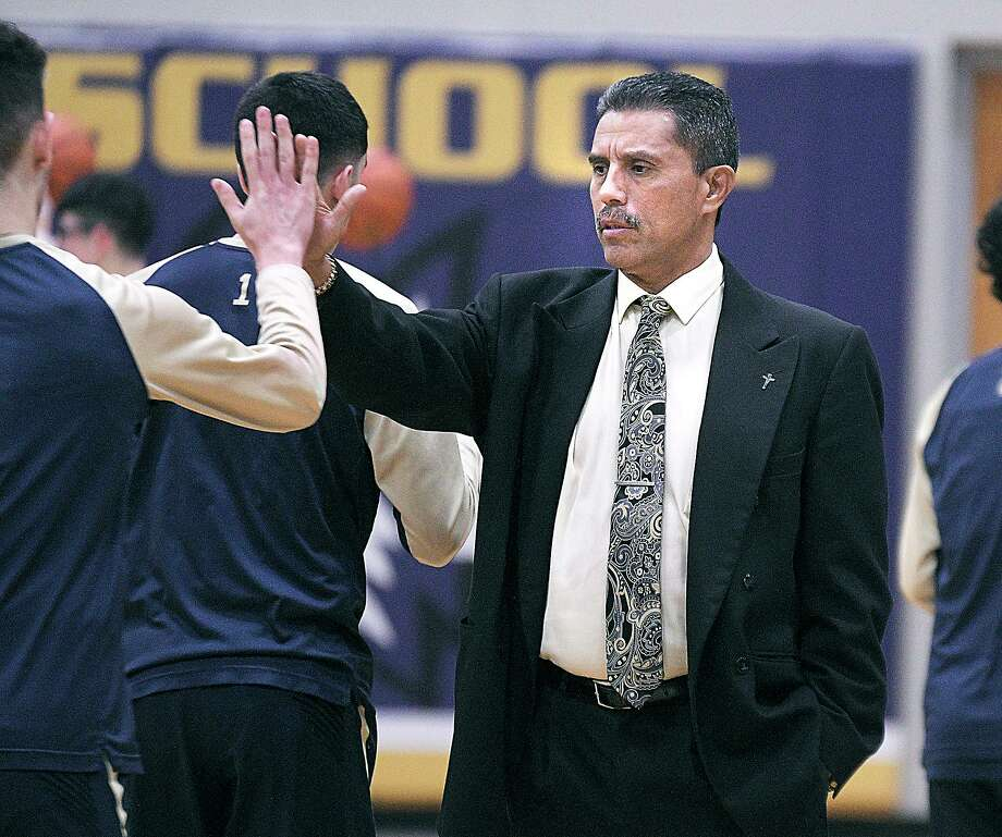 Alexander head coach Luis Vadlez and other basketball coaches around Laredo shared some of their favorite career memories with Laredo Morning Times. Photo: Cuate Santos /Laredo Morning Times File / Laredo Morning Times