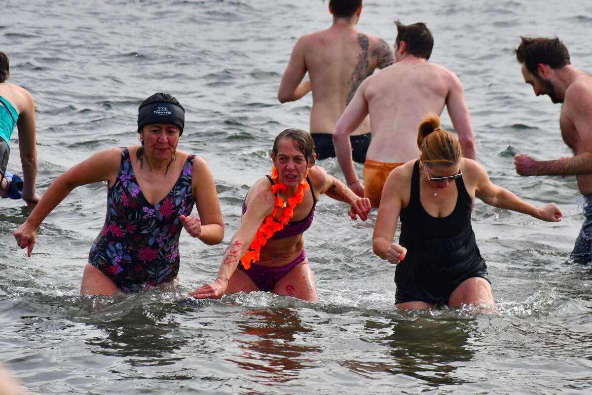 Save the Children hosted its second annual Polar Bear Plunge on February 16, 2020 at Jennings Beach in Fairfield. Staff, supporters and friends of the global humanitarian organization were