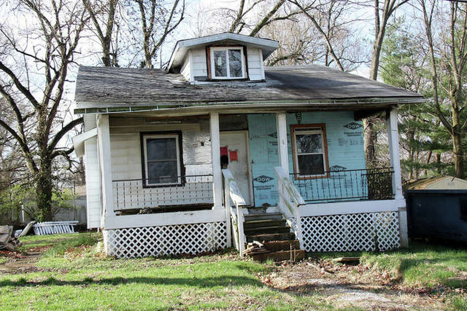 The former house at 624 Hill Lane. This image was taken last year; the house has since been demolished. Photo: Intelligencer File Photo