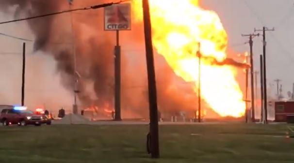 Corpus Christi gas explosion shuts down highway, plants