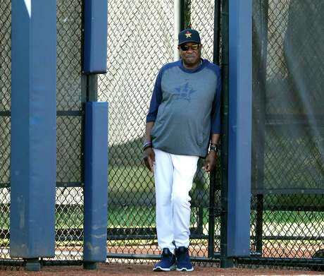 Houston Astros manager Dusty Baker Jr. watches the short live bullpen session with \pitcher Rogelio Armenteros during the first full-squad Houston Astros spring training workout at the Fitteam Ballpark of The Palm Beaches, in West Palm Beach , Monday, Feb. 17, 2020.