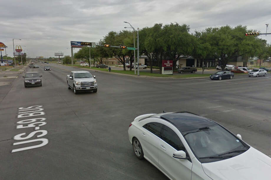 A motorcycle crash that occurred Saturday night became Laredo's fourth fatal vehicle accident of the year. Photo: Google Maps/Street View