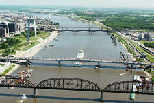 The latest data from the U.S. Army Corps of Engineers shows St. Louis regional ports moved from third to second busiest inland port for total tonnage in 2018. The port system handled 37.4 million tons of commodities, a 13.2 percent increase and just 1.1 million tons below the most active inland port, the Port of Cincinnati/Northern Kentucky.