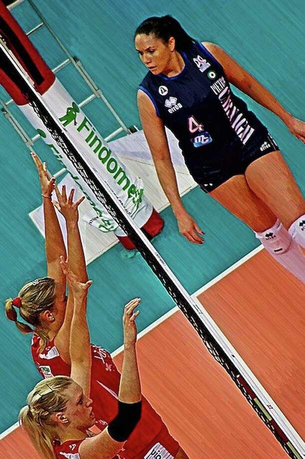Olympic Volleyball player, Lindsey Berg's blog Photo: SportStars Magazine