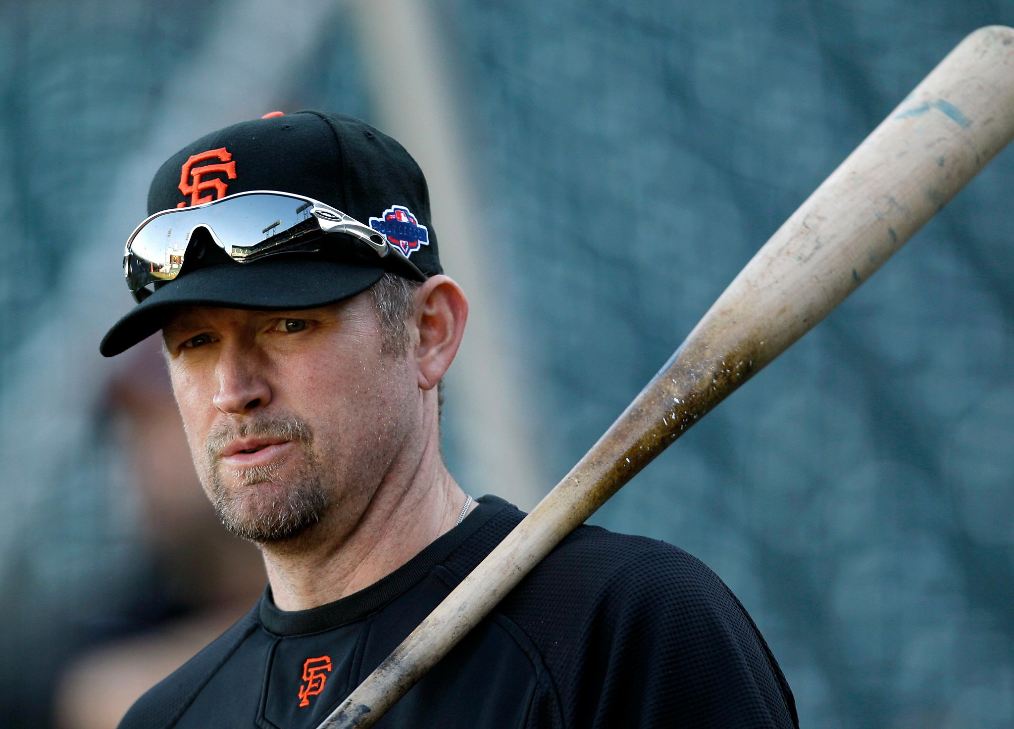 Giants tell Aubrey Huff he will not be invited to 2010 reunion due to tweets
