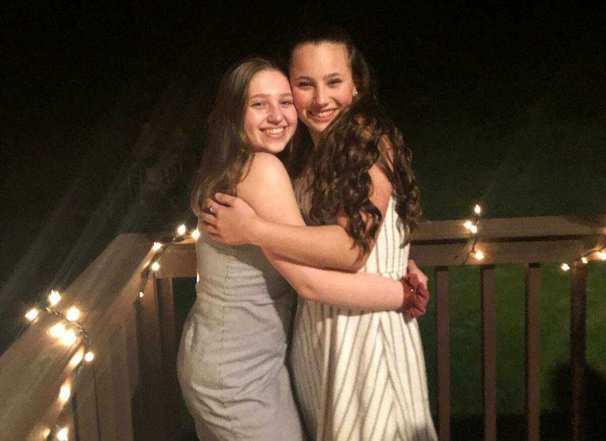 Wilton High School sophomores Jenna Bonafide and Donatella Scaturchio are running a seven week campaign to raise $10,000 for the Leukemia & Lymphoma Society.