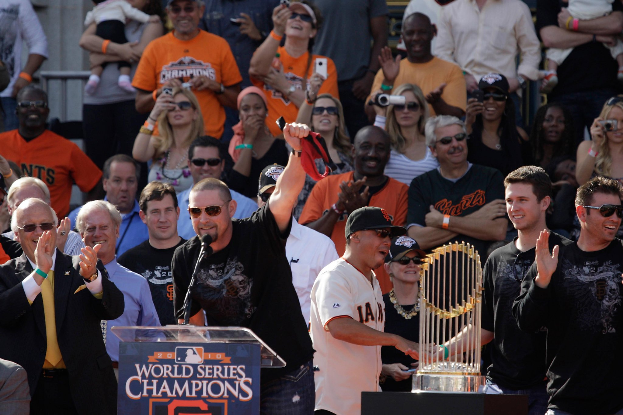 Giants take a stand against Aubrey Huff's misogyny and hate speech