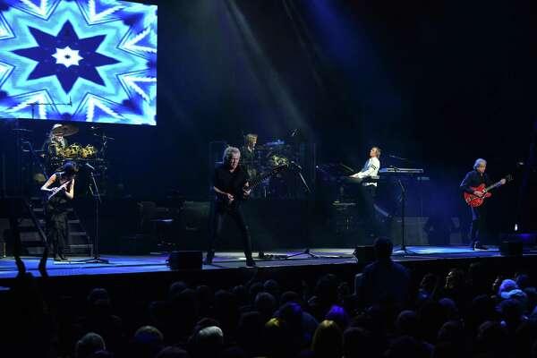 John Lodge Readies His Moody Blues Songs March 4 6 In Hartford Fairfield Ctinsider Com