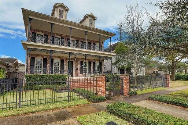 Houston Heights East Historic District: 1618 Arlington Street List price: $1.4 million Square feet: 4,058