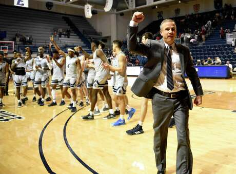 Rice coach Scott Pera, celebrating a home win over Charlotte on Saturday, has experienced a roller-coaster ride over the last four seasons with his seniors.