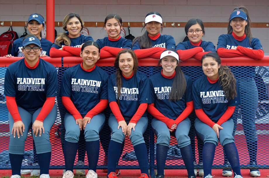 The 2020 Plainview varsity softball roster consists of, from left, in front, Haley Pauda, Maddy Martinez, Mariah Chavez, Esmeralda Lucio and Rave Jaurrieta; in back, Alexis Flores, Sammy Briones, Aaleah Rodriguez, Erika Medina and Shatzy Munoz. Photo: Nathan Giese/Planview Herald