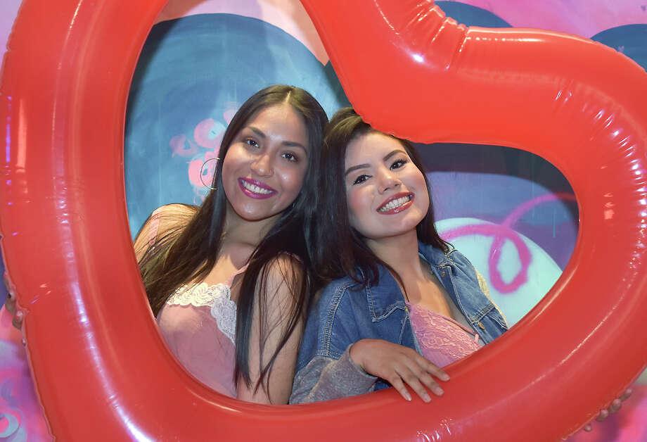 Laredo enjoyed a romantic, fun night during Babe Galentine's Day at Cultura Beer Garden. Photo: Diana Garro/Laredo Morning Times