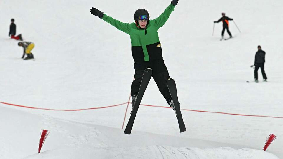 Cuomo: New York has better skiing than Colorado