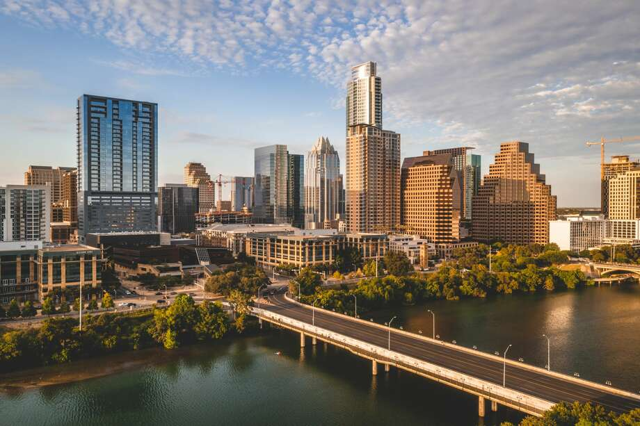 Austin Public Health officials said in its weekly news conference that Austin-Travis County is expected to surpass 10,000 cases on Wednesday. Photo: RYAN KYTE/Getty Images